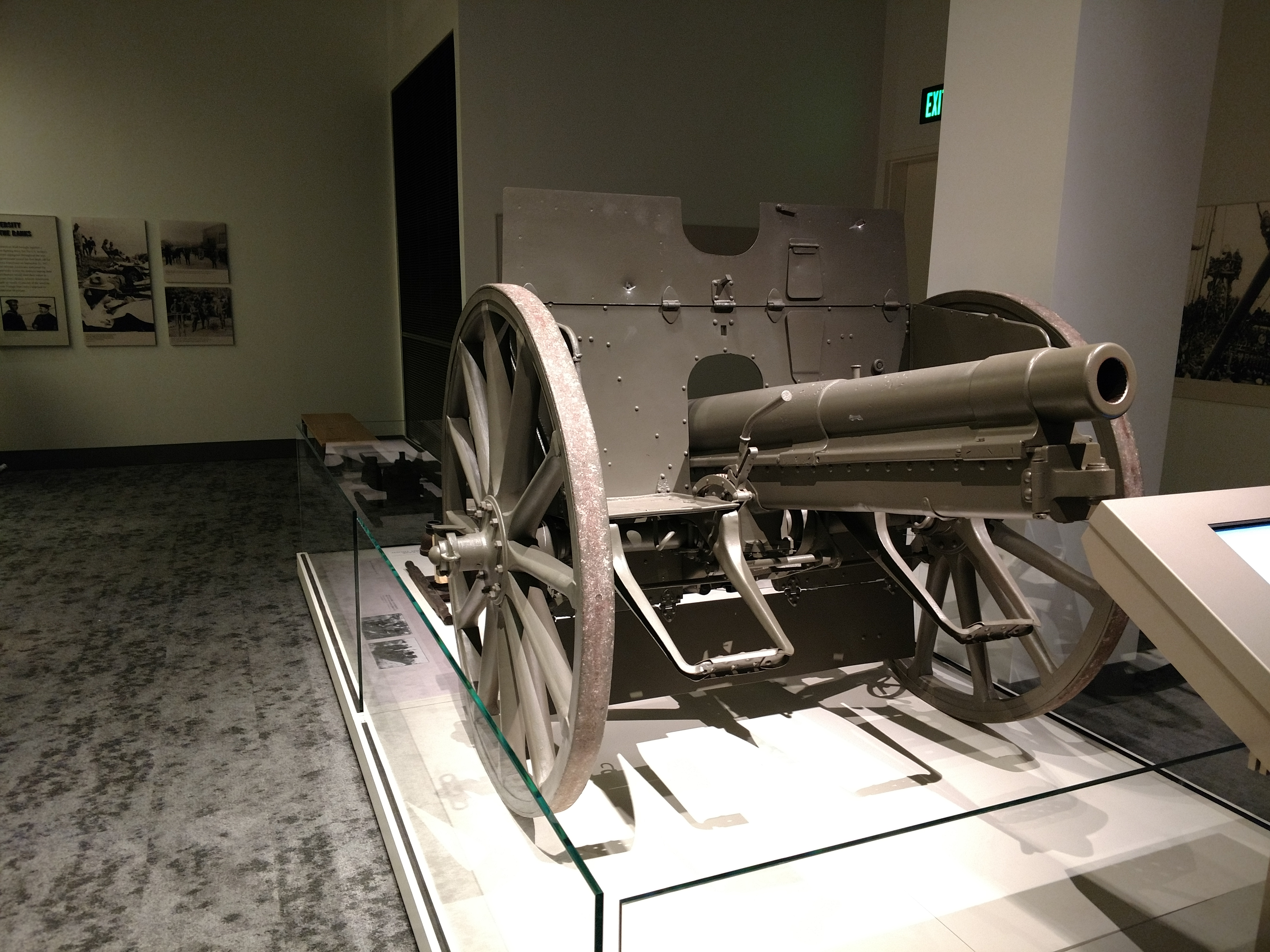 WWI Cannon - Tennessee State Museum